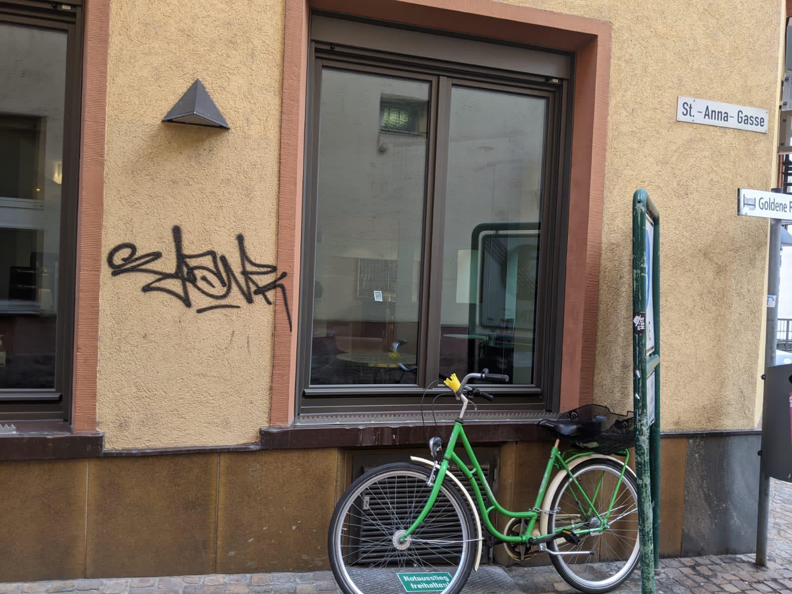 Graffitientfernung Sandstrahltechnik